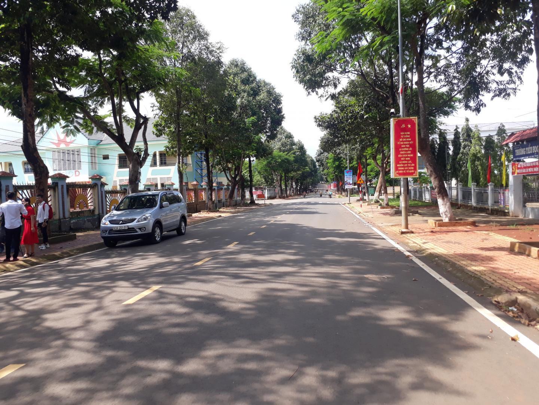 bán đất ngay khu trường học 5x30 giá 220tr/m LH 0846999943